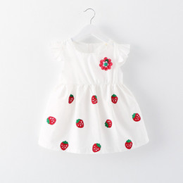 Wholesale free patterns skirts - 2017 summer new girl children's clothing Fashion Strawberry A flower pattern Princess dress skirt Free shipping