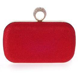 Bolsa dedo anelar on-line-Atacado-Simple design mulheres noite sacos anéis de dedo dia de metal sacos de embreagens com correntes bolsa de casamento sacos bolsas de senhora de verão