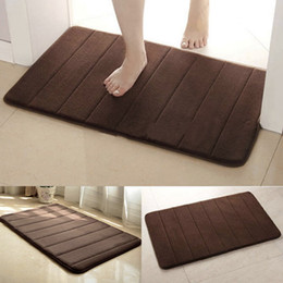 Wholesale Camping Rugs - Wholesale- Useful 40*60cm Memory Foam Camping Mat Bathroom Horizontal Stripes Rug Absorbent Non-slip folding Bath Mats New HOT