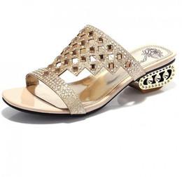 Wholesale Women Beach Shoes Design - 2017 Fashion Brand Designed Pierced Rhinestone Women Slippers Bohemia Glitter Slides Fashion Square Heel Summer Party Slippers Beach Shoes