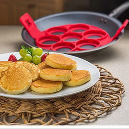 Wholesale Way Cake - Egg Mold Bakeware Flippin Fantastic Fast Easy Way to Make Perfect Pancakes Egg Ring Maker Nonstick Pancake Maker Baking Moulds Mold