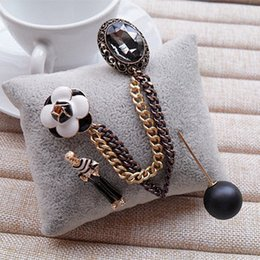 Wholesale Vintage Sweaters For Women - Wholesale- B51 Camellia Number 5 pearl vintage CC style Famous Luxury Brand Designer Jewelry Brooch Pins Broach For Women Sweater Dress