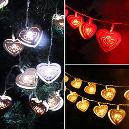 Wholesale Red Heart Lanterns - Wholesale-Wedding heart-shaped wooden decorative lights led lantern string flashing battery light outdoor festival 2016 fashion new B1