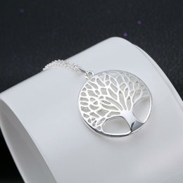 Wholesale tree life family gifts - Wholesale-Silver Shiny Life Tree Elegent Pendant Necklace Best Gifts For Women Jewelry Fashion Bride Necklaces Party Friend Family Charm