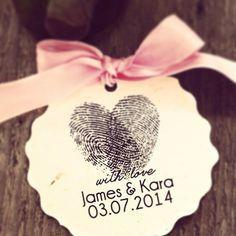Wholesale Heart Name Tags - Customize Wedding Decoration Heart Thumbprint Tags- Personalized Paper Sticker - Wedding Date and Name Wedding Favors Lable Candy Box Tags