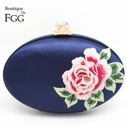 Wholesale Satin Roses Handbag - Wholesale-Women Satin Silk Embroidery Red Rose Flowers Party Wedding Bridal Shoulder Handbags Purses Metal Clutches Evening Clutch Bags