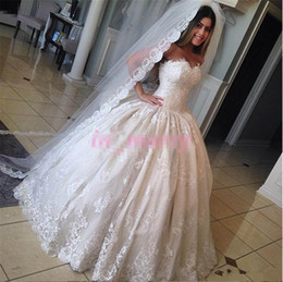 Wholesale Sexy Korean Picture - Princess Cinderella Wedding Dresses Pictures 2017 Ball Gown Sweetheart Bead New Korean Vintage Lace Victorian Muslim Islamic Wedding Gowns