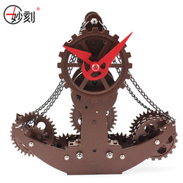 Wholesale Gear Alarm Clock - Wholesale-MIAO KE 2017 Mini Gear Clock High-end Vintage Model Ships Metallic Mechanical Clock Creative Table Clock 23