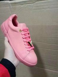 Wholesale Womens Casual Walking Shoes - Cheap New Breathable Womens Cow Leather Casual Walk Lace Up V Metal Logo Shoes 11colors Free Shipiping By ePacket EU35-40