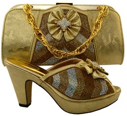 Wholesale Shoes Bags Italy - Gold Italy Fashion Woman Shoes and Matching Bags Set Summer Style High Heels Shoes And Bag Set For Party Dress Free Shipping