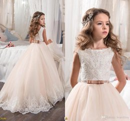 Wholesale Kids Custom Princess Dresses - 2017 Vintage Flower Girl Dresses For Weddings Blush Pink Custom Made Princess Tutu Sequined Appliqued Lace Bow Kids First Communion Gowns