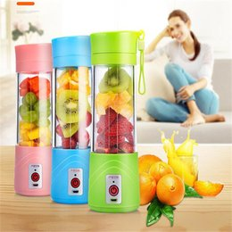 Wholesale Portable Electric Fruit Juicer Cup Vegetable Citrus Blender Juice Extractor Ice Crusher with USB Connector Rechargeable Fruit Juice Maker