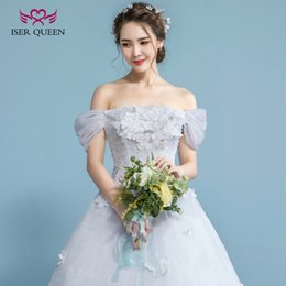 Wholesale Bridal Flowers Pictures - ISER QUEEN Strapless Cap Puff Sleeve Vintage Princess Wedding Dress A line 3D hand Made Flowers Appliques Pearls Beads Bridal Gowns WX0050