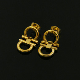 Wholesale High End Fashion Jewelry - In the high-end fashion jewelry wholesale and the wind of simple geometry double Earrings called double personality
