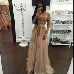 Wholesale Evening Gowns Vintage Lace Champagne - Champagne Lace Beaded Arabic Evening Dresses Sweetheart A-line Tulle Prom Dresses Vintage Cheap Formal Party Gowns