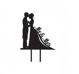 Wholesale Insert Ceramic - Acrylic cake inserted card, bride and groom cake insert, MR&MRS cake plug factory direct sales