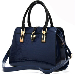 Wholesale White Patent Leather Handbags Sale - Patent Leather Crossbody PU Bags For Women Top Quality Fashion Leather Handbags Crocodile Pattern Luxury Shoulder Bag 2017 Hot Sale