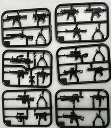 Wholesale Weapon Guns - Military Weapon Building Blocks Mini Rifle Sniper Rifle Submachine Gun Set SWAT Police Weapons Toys For Chilren