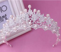Boda barroca Vintage nupcial Crystal Rhinestone Pearl Silver Crown diademas Tiara Headpiece accesorios para el cabello Prom Jewelry envío de la gota desde fabricantes