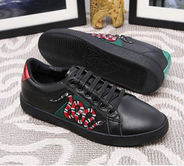 Wholesale Designers Sneakers - 2017 New Designer Fashion Snake Print for Love Sneakers Low Top Black And White Leather Men Women G G Casual Shoes