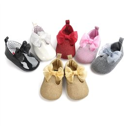Wholesale Glitter Shoes For Girls - Baby Girls Glitter princess big bow shoes Infants cute slip-on moccasins shiny pu first walkers for 0-2T