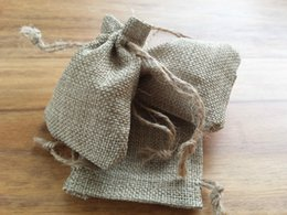 Wholesale Wholesale Packing For Coffee - Natural Hessian Jute Burlap Drawstring Gift Bags For Coffee Bean Handmade Soap Wedding Favor Jewelry Packing Bag Customized Logo by 1000 pcs