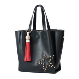 Bolsos de cuentas negro online-Famosa marca Black Beaded Star Women Bags Mobile Messenger Ladies Handbag Cuero de la PU de alta calidad Diagonal Cross Buns