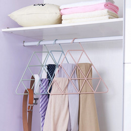 Wholesale bathroom clip - Triangle Coat Hanger Men And Women Hotel Bathroom Towel Clothes Rack Non Slip Hangers Multicolor New 3 5fc C R