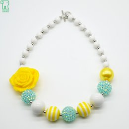 Wholesale Chunky Yellow Beaded Necklace - Kids Chunky Bubblegum Beads Necklace Girl Yellow Rose Flower Pendant Children Jewelry 2016 New Chunky Bubblegum Beads Necklace