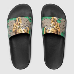 Wholesale Sewing Feet - With box Genuine Leather men's designer High quality slippers clip feet flip style European Tiger lines style Shoes luxury brand sandals