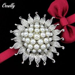 Wholesale Vintage Red Rhinestone Heart Pin - Vintage Elegant Silver Plated Rhinestone Crystal White Pearl Cluster Flower Bridal Brooch Pin Jewelry for Women Party Bouquet