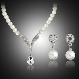 Wholesale Bridesmaid Mother - Crystal Tear Drop Pearl Necklace Earrings Jewelry set Bridal Bridesmaid Wedding Jewelry Sets Gift Drop Shipping