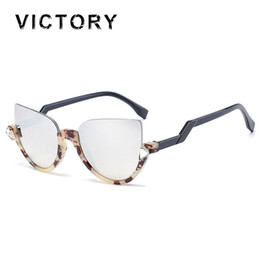 free diamond frame Coupons - Wholesale-New Vintage Cat Eye Women Sunglasses Bend Temple Half Frame Bling Bling Diamond Lady UV400 Sun Glasses Fashion Shades Free Ship