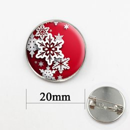 Wholesale Heart Medal - Christmas Day Handcrafted Snowflake Pendant brooches pins jewelry for men and women gift for baby lass cabochon dome medal