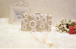 Wholesale China Floral Purses - Bridal Wedding Lady Evening Bags Lace Floral Day Clutches Women Messenger Shoulder Bag Pouch Purse Party Girl Handbag With China