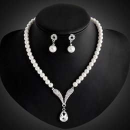Wholesale Silver Jewlery Sets - Crystal Pearl Drop Necklace Earrings Jewelry Sets for Silver Wedding Brides Bridesmail Jewlery Women Fashion Jewelry Gift DROP SHIP 162166