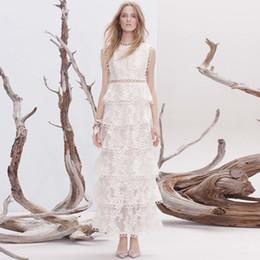 dentelle maxi robe Boho Inspired 2017 élégante robe blanche fluide sans manches en couches superposées robes de soirée de marque de luxe pour femmes ? partir de fabricateur