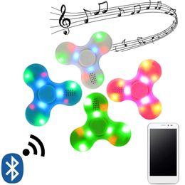 Bluetooth Musik Spinner Drahtlose Lautsprecher Zappeln Spinner Dekompression Spielzeug Led Licht EDC Kunststoff Zappeln Spielzeug Hand Spinner Sound von Fabrikanten