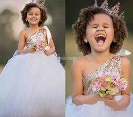 Wholesale White Pageant Dresses For Juniors - Cute 2017 Gold Sequins Flower Girls Dresses For Wedding Junior Bridesmaid Dress One Shoulder Party Princess Formal Girls Pageant Gowns