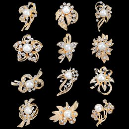 Wholesale Antique Silver Brooches - Hot Discount Small Gold Silver Brooches Mix Flower Wholesales Fashion Crystal Wedding Bridal Jewelry Antique Bouquet Brooches Pins DHL Free