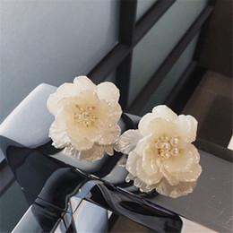 Wholesale Sequins Earrings - The texture of flower Sequin Earrings SP44