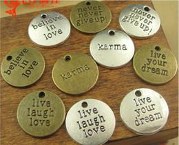 Argentina 20 MM Bronce antiguo vivir el amor de la risa, creer en el amor, karma, nunca te rindas, vivir encantos de la palabra de tus sueños, colgantes de mensajes de plata tibetana mucho Suministro