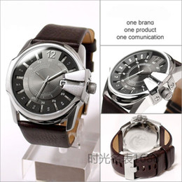 Wholesale Mens Large Dial Watch - Top Brand Large dial design Chronograph Sport Mens Watches Fashion Brand Military Quartz Wristwatches Famous Male Clock Relogio Masculino