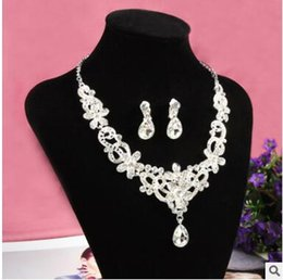 Wholesale Dress Jewellery Earrings - Jewellery High-end custom palace is a luxury super flash the bride wedding dress earrings necklace suits
