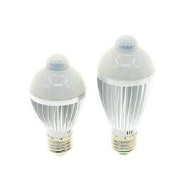 Wholesale Pir Lighting Control - E27 PIR Motion Sensor LED Bulb 5W   7W AC220V Light Sensitive Control Aluminium Lamp White   Warm White