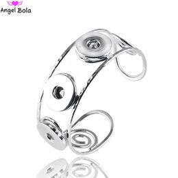 Wholesale Chain Bangle Holders - Hot sales18mm Interchangeable Snap Bracelet 3 Snaps Button Holders Charms Jewelry Ginger Bangles & Bracelet for Women AB-048