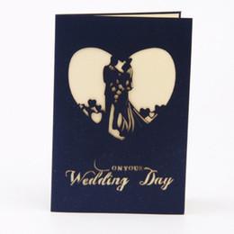 Greeting card printing online-Invitaciones de boda plegables Tarjetas de tarjetas con forma de amor Día de la novia con un saludo de sobres Invitación de decoración de papel impresa en color rojo hueco 3D