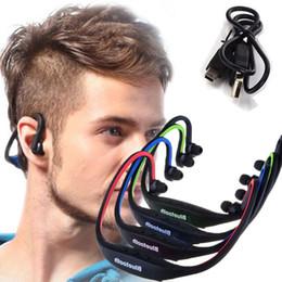 Slot para iphone sd on-line-Esporte fone de ouvido bluetooth s9 fm slot para cartão sd auriculares fone de ouvido bluetooth microfone para iphone huawei telefone xiaomi