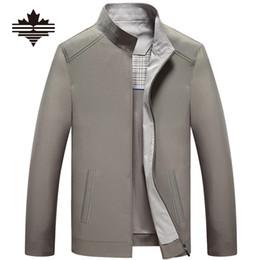 Abrigo informal de negocios online-Al por mayor- Envío gratis 2017 primavera y otoño Chaquetas y chaquetas de los hombres de edad avanzada de negocios chaquetas casuales para hombres abrigo de cremallera masculina abrigo