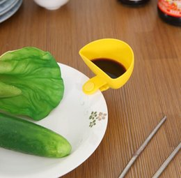 Wholesale Pepper Clip - Multi-purpose Bright Color Mini Dip Clips Plastic Salad Dressings Container Serving Tray Kitchen Gadgets free shipping